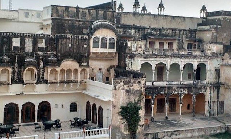 Mandawa fort palace
