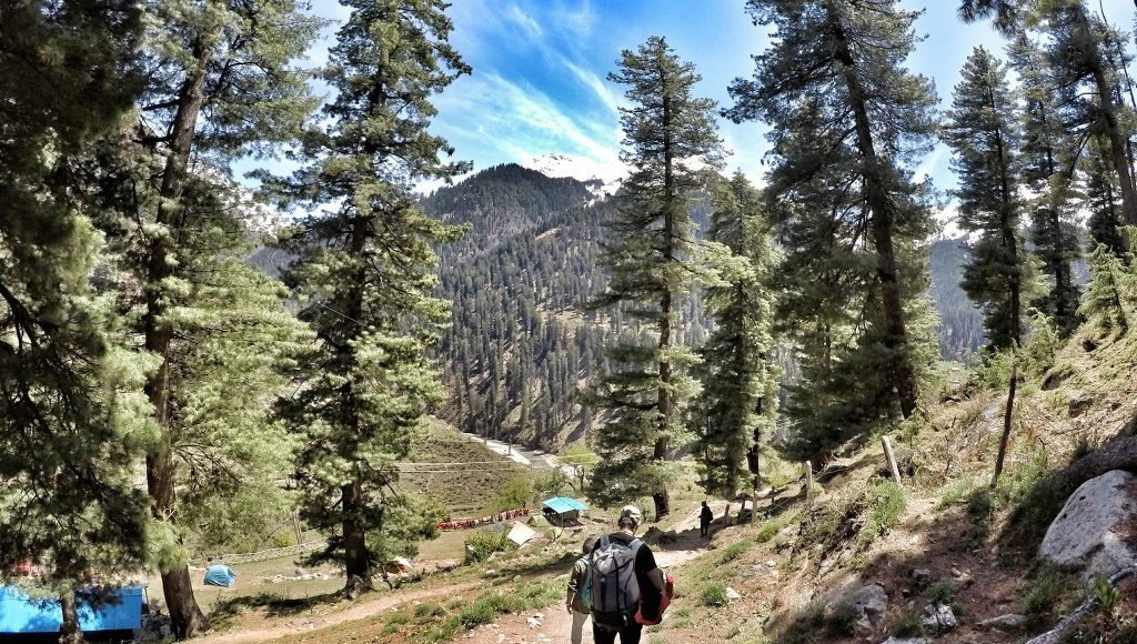 Hiking in Parvati Valley
