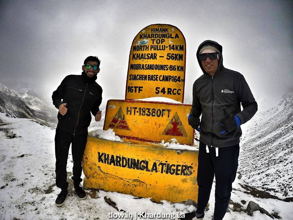 Snow storm at KhardungLa