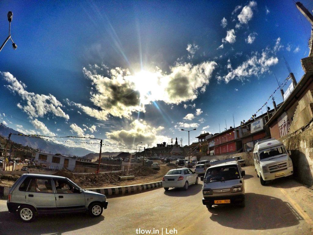 Road traffic in Leh