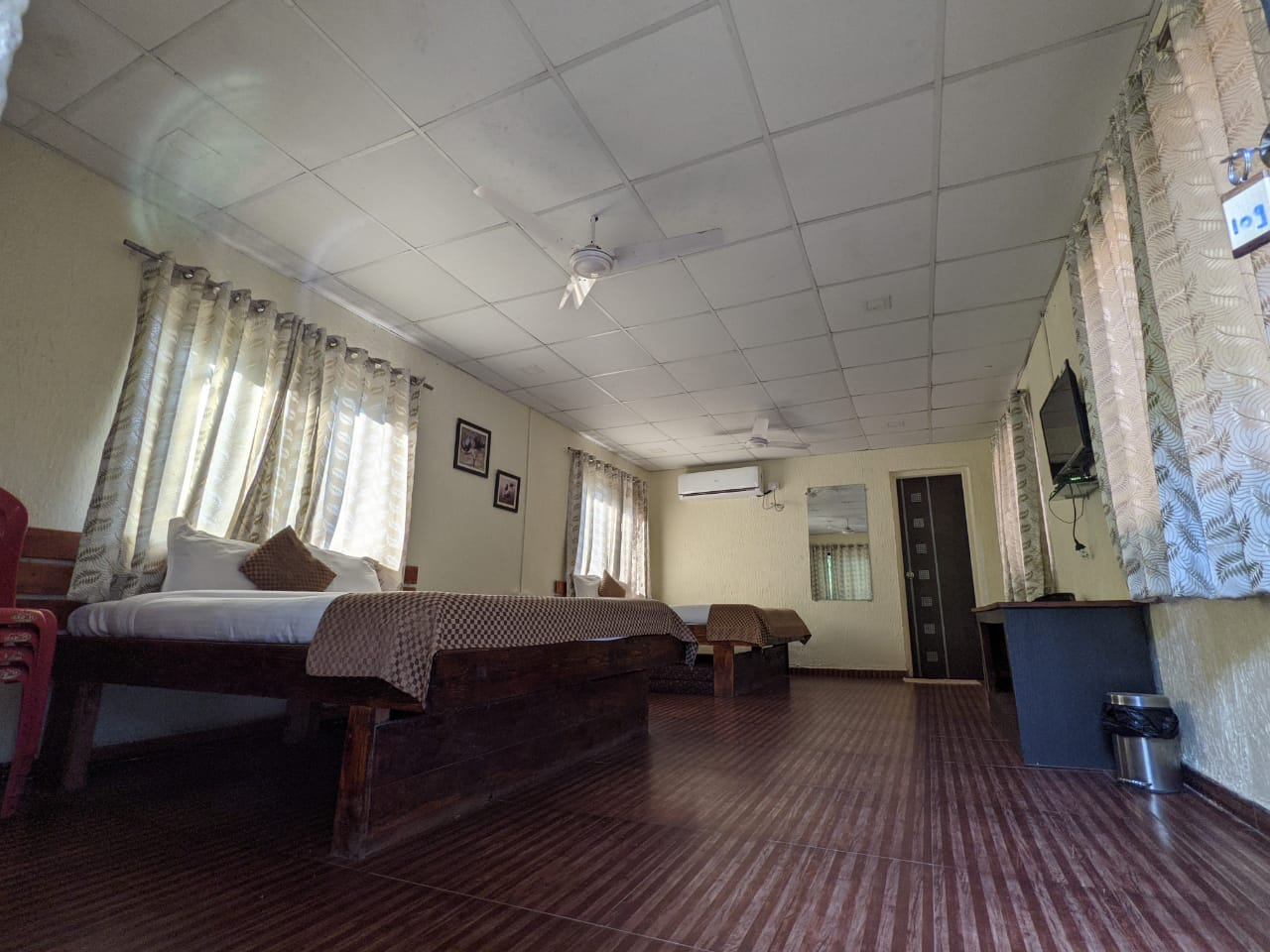 Bhandardara river side stay Cottage